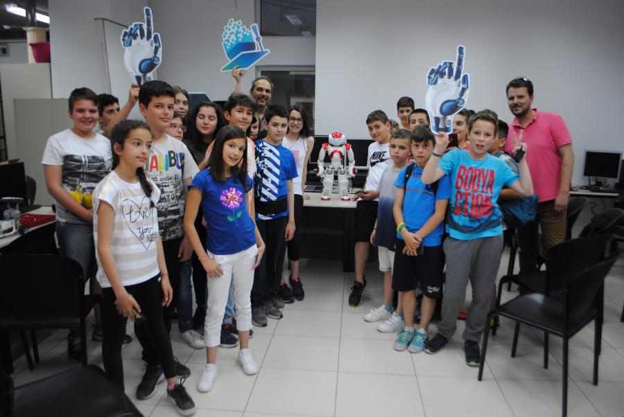 Επίσκεψη στην Ακαδημία Ρομποτικής του Πανεπιστημίου Μακεδονίας